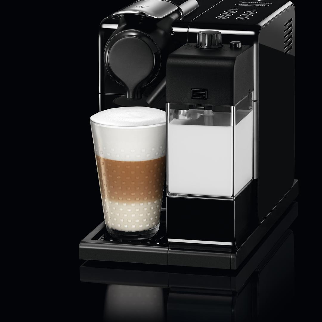 Nespresso F 511 Lattissima Touch Black