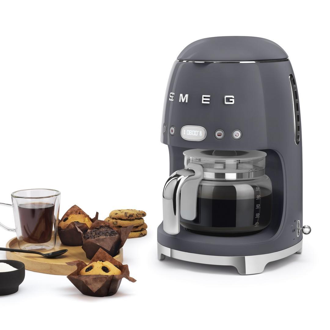 Smeg- Linea 50's Retro Style- Filtre Kahve Makinesi- Barut Grey DCF02GREU