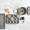 Kitchenaid 12'li Muffin Kalıbı 35 x 26 cm CC003296