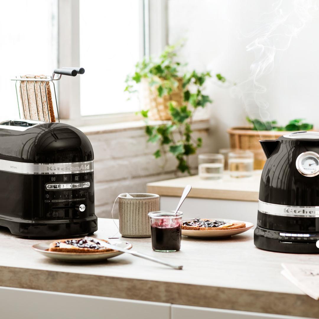 Kitchenaid 1,5L Su Isıtıcısı 5KEK1522 Onyx Black-EOB